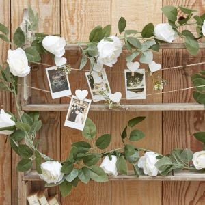 Decoratieve witte rozen slinger Rustic Country