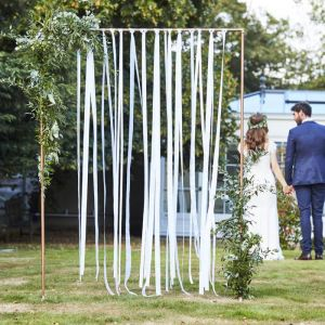Backdrop witte linten Botanical Wedding (80m) Ginger Ray