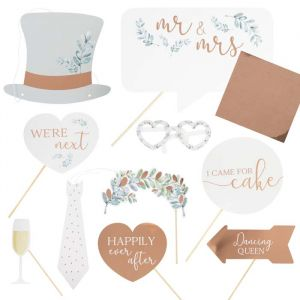 Party props met letter stickers Botanical Wedding Ginger Ray