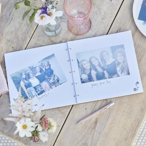 Houten gastenboek Team Bride Boho Eco Hen Ginger Ray