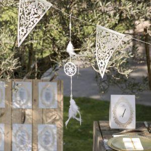 Hangdecoratie veren en dromenvanger wit