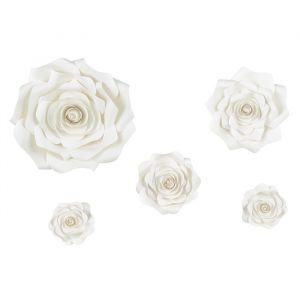 Papieren decoratiebloemen light cream (5st)
