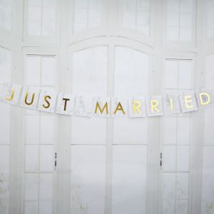 Just Married slinger small Marmer Goud