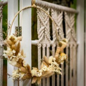 Decoratiehanger droogbloemen beige