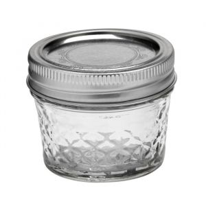 Ball Quilted Crystal Jelly (4oz)