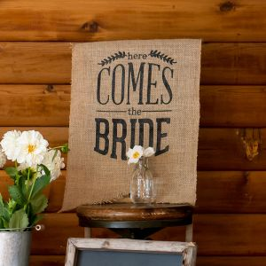Juten banner Here Comes The Bride zwart