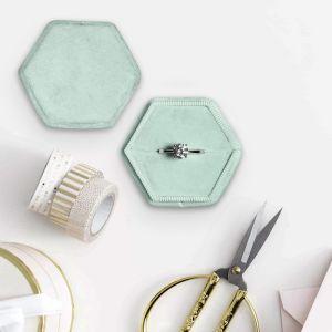Velvet ringdoosje hexagon Soft Mint Forever Box