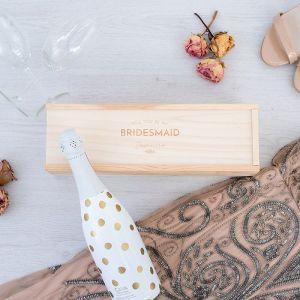 Houten wijnkist bruidsmeisje vragen Engels