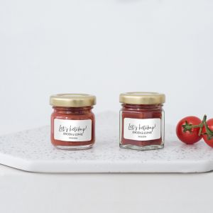 Ketchuppotje trouwbedankje modern met namen