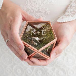 Ringdoosje glas geometrisch met takje en initalen