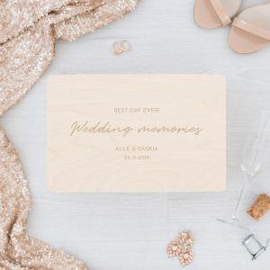 Houten wedding memory box met namen chique