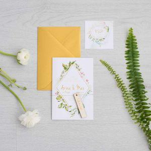 Houten labeltje trouwkaart trouwbedankje tekst
