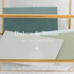 Glazen enveloppendoos geometrisch basic typo
