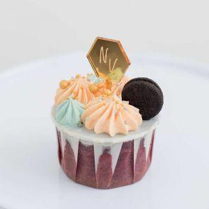 Cupcake prikker hexagon met initialen