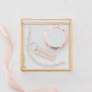 Glazen bewaardoosje goud bruidsmeisje met naam