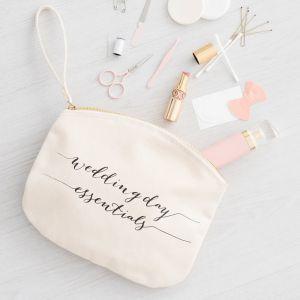 Toilettas Wedding day essentials