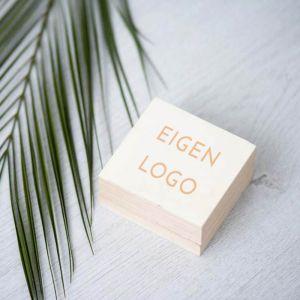 Ringdoosje hout vierkant met eigen logo