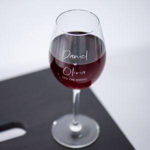 Wijnglas graveren met twee namen