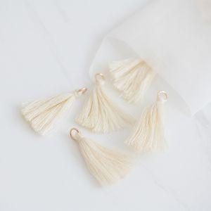 Mini tassel ivory (25st)