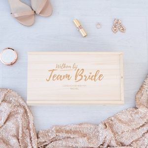 team bride box hout gepersonaliseerd