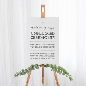 Bruiloft bord unplugged ceremonie lovely lettertypes