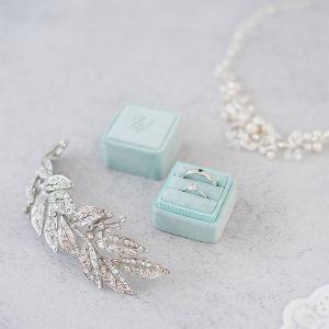 Velvet ringdoosje vierkant Soft Mint met initialen