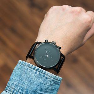 Horloge Modern zwart gepersonaliseerd