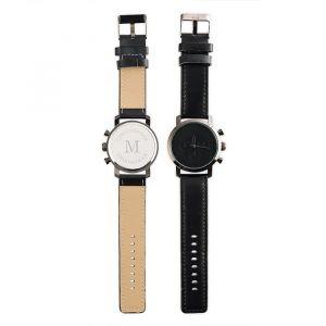 Horloge Initiaal zwart gepersonaliseerd