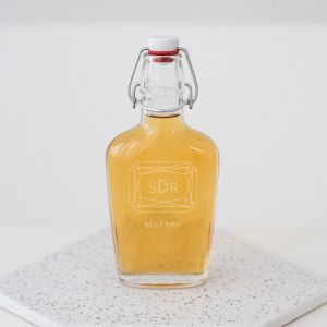 Glazen fles met beugel monogram gem gepersonaliseerd