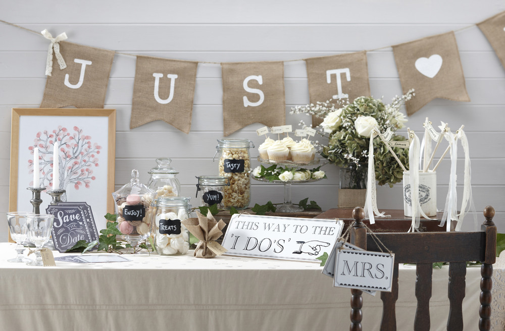 Blog   Nieuwe collectie met vintage decoratie voor je bruiloft!   Weddingdeco nl