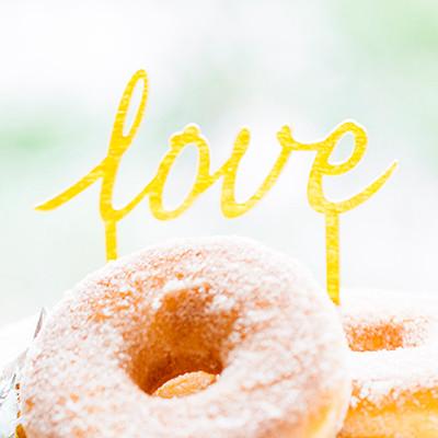 Cupcake prikkers Love Goud
