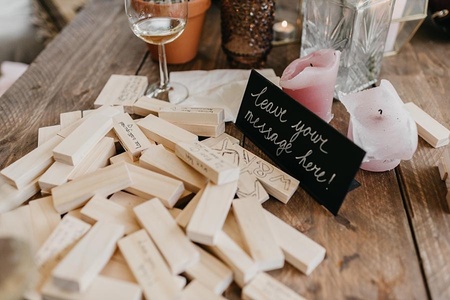 Bruiloft van De Huismuts: Rachel & Willem trouwen in Frankrijk - Tips voor de gastenboek op je bruiloft